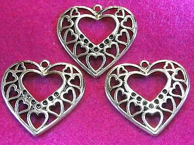 25Pcs. WHOLESALE Tibetan Silver HEART Large Charms Pendants Earring Drops Q0265