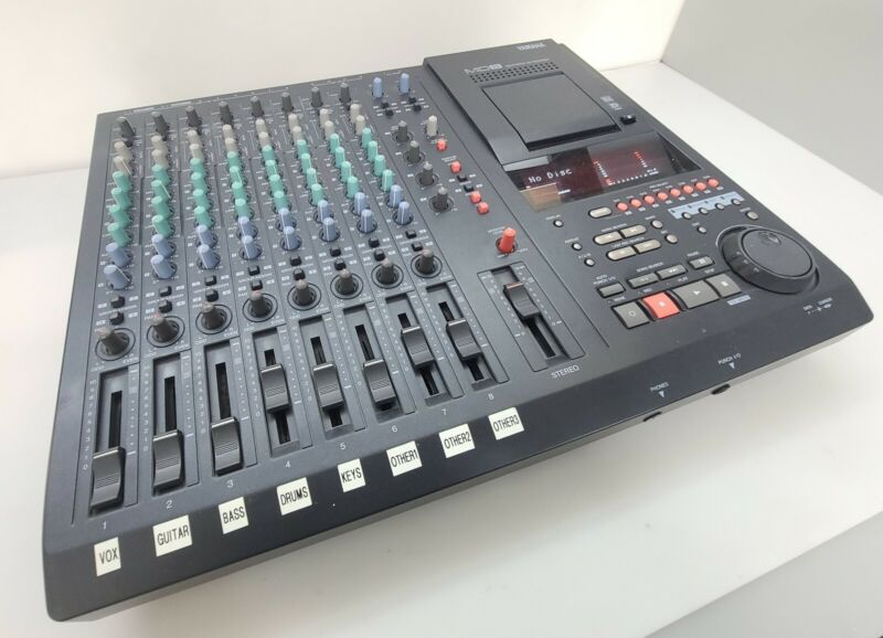 YAMAHA Multitrack MD Recorder | Model MD8