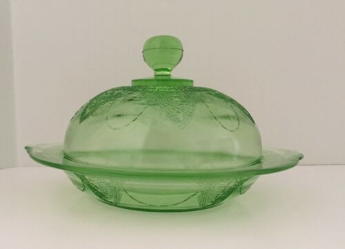 GEORGIAN LOVEBIRDS BUTTER DISH AND COVER -  GREEN - VINTAGE FEDERAL GLASS CO.