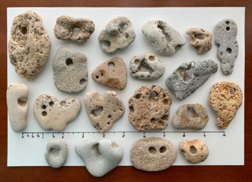20 Natural Holey Beach Rocks Hag Stones Fairy Wish Mystic Magic surf-tumbled Q3a