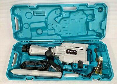Makita Hm1304b 35 Lb. Pound Demolition Hammer With Case Bits - New