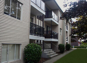 Whalley Apartment For Rent 12751 - 103 Avenue