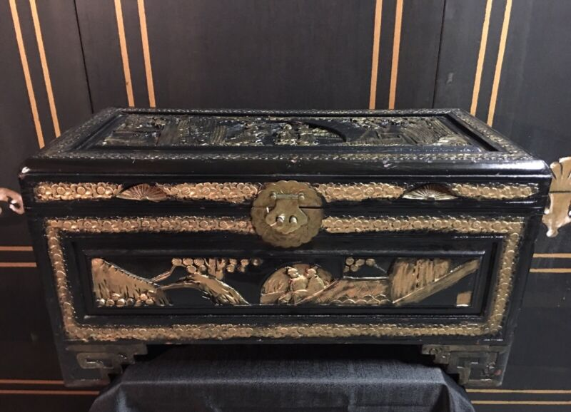 Vintage Hand Carved Chinese  Wood Chest- Chinese Sceneries. Black Lacquer/gilted