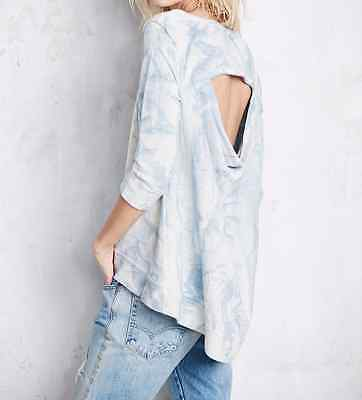 FREE PEOPLE  3/4 SLEEVE OPEN BACK BLUE CLOUDY WASH HI-LO PULLOVER TOP Sz XS