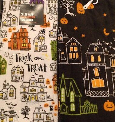 Set Of 2 Halloween Haunted House Cotton Terry Kitchen Dish Hand Tea Towels](Halloween Tea Towels)
