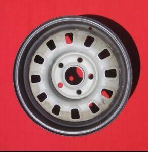 "Mustang 1968-69 - (14"" x 6"") 12 Slot Rim NOS"