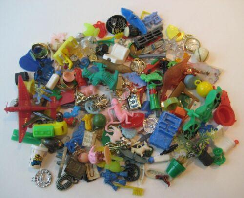 VINTAGE Plastic GUMBALL CHARM Toy Premium Prize CRACKER JACK 150+ Lot  #3