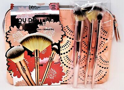 It Cosmetics 3 Pc Brush Set Foundation, Highlight, Shadow Brushes YOU DO IT ALL