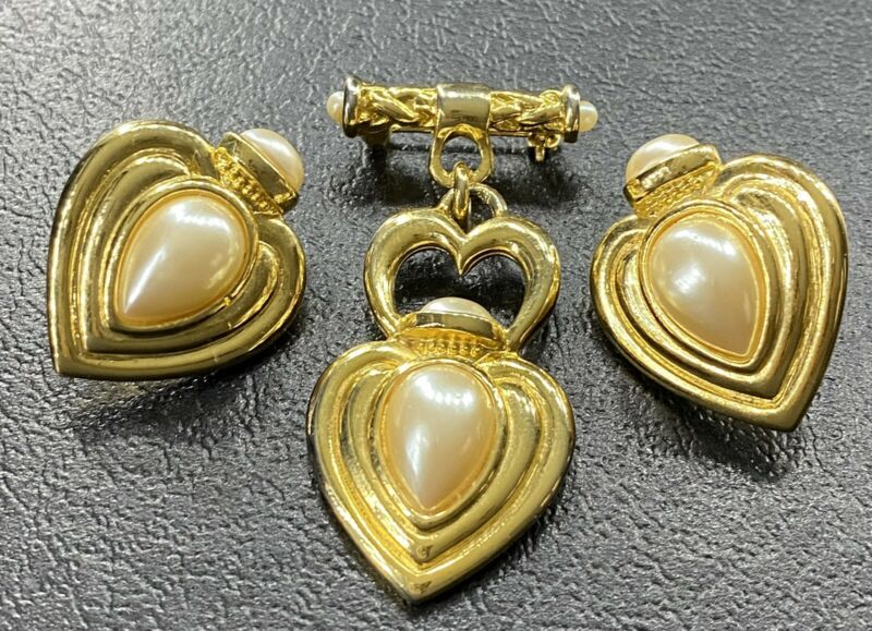 Vtg Heart Faux Pearl Clip On Earring Brooch Set Gold Tone Signed Jewelry Lot