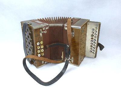 Accordion IN Case Meinel & Herold Musikinstrumentenfabrik Klingenthal