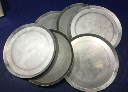 LOT of 8 Pizza Hut Aluminum Pizza Pans 13
