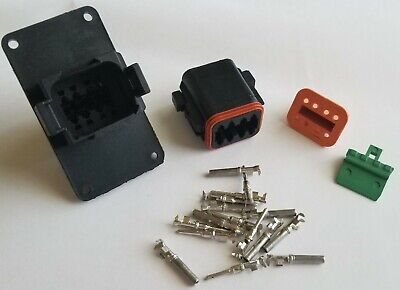 Deutsch DT 8-Pin Flange Connector Kit 14-16 AWG Crimp Contacts, USA