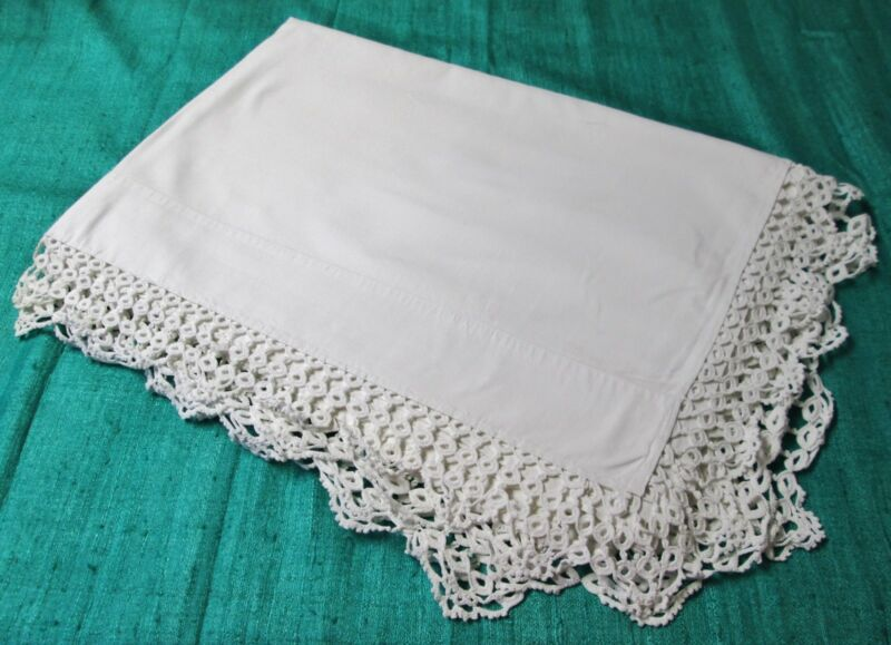 Antique Beautiful Sheet Hand Crocheted Trim Classic Elegance