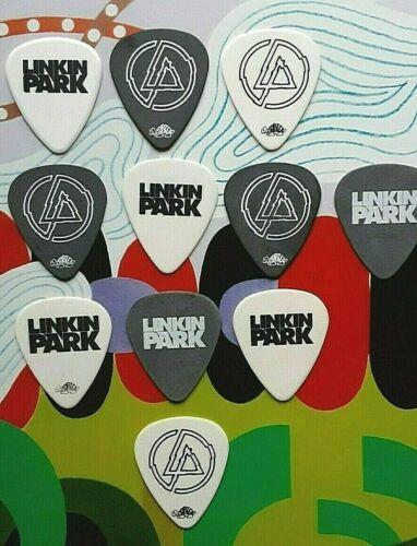 LINKIN PARK 11-guitar pick TRIBUTE with CHESTER BENNINGTON