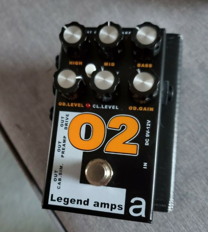 AMT Electronics O2 (Orange) – guitar preamp (distortion/overdrive) effect pedal