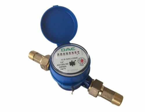 "DAE AS130U-50 1/2"" Water Meter, Measuring in Gallon + Couplings"