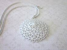 Vintage enamel necklace c1960s New Lambton Newcastle Area Preview