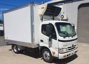 2011 HINO 300 614 SERIES REFRIGERATED PANTECH ONE OWNER