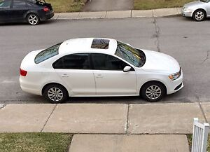 2013 Jetta comfort line/ Bluetooth - VERY LOW MILEAGE!!