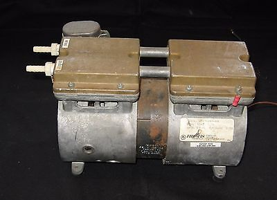 Thomas Industries Vacuum Pump 2617cg44