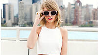Taylor Swift: The 1989 World Tour - 2 FLOOR Tickets