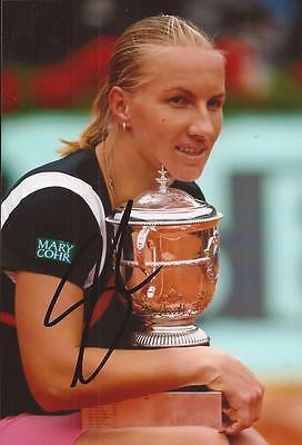 Tennis  Svetlana Kuznetsova Signed 6X4 Trophy Action Photo Coa  Wimbledon 2015