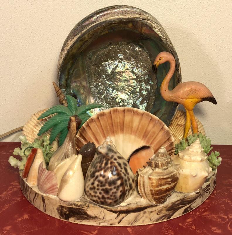 Vintage Mid Century Art Deco Sea Shell w/ Flamingo Light Lamp Works
