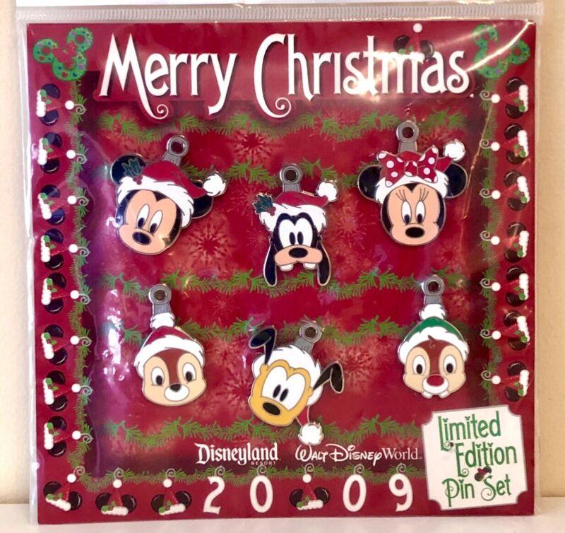 NIP! Disney Parks Limited Edition of 600 - Christmas Mini Six Pin Set #73830