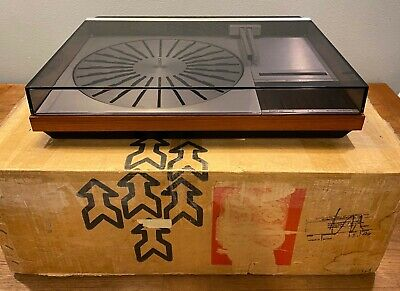 Bang & Olufsen Vintage Rosewood Beogram 4004 Record Deck with MMC 20EN