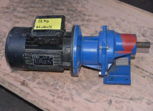 AEG 0.5HP 0.37kW 3 phase AC ELECTRIC MOTOR motovario gearbox PRC/041 ratio