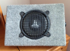 """8""""  JL Audio Subwoofer in Box for Vehicle"""