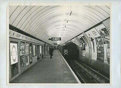 Euston Underground Northern Line Platform 1968 Press Photo