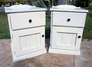 2x Wooden 1 Door, 1 Drawer White Shabby Bedside/Side Tables Rothwell Redcliffe Area Preview
