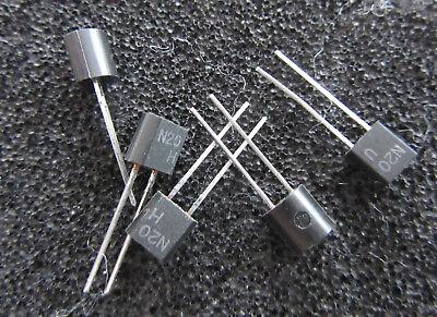 29 Stück Kleinstsicherung N20 TO92 radial bedrahtet 50 Volt, 0,4 Ampere