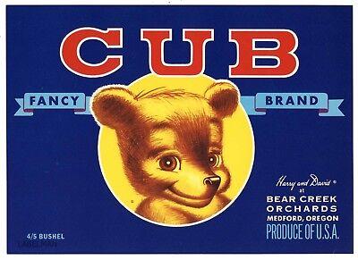 CUB Brand, Medford, Oregon, Bear Creek, *AN ORIGINAL PEAR CRATE LABEL*