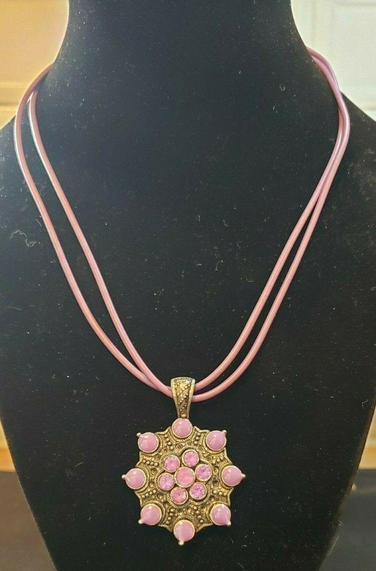Pretty Purple Silvertone Necklace - $2.25