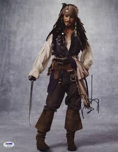 Johnny-Depp-SIGNED-11x14-Photo-Captain-Jack-Pirates-of-the-Caribbean-PSA-DNA