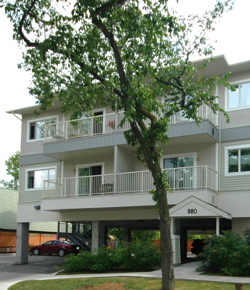 2 Bdrm Condos For Rent: Gorgeous 2 Bedroom Furnished Condo