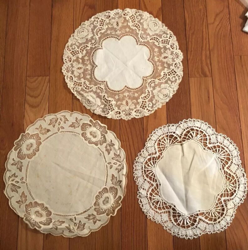 """Set Of 3 Antique Delicate Lace Ivory Ecru Embroidered Doilies  10""""-11"""" Linen"""
