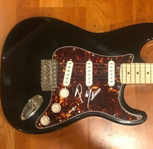 * POST MALONE * signed electric guitar * HOLLYWOOD'S BLEEDING * PROOF * 1