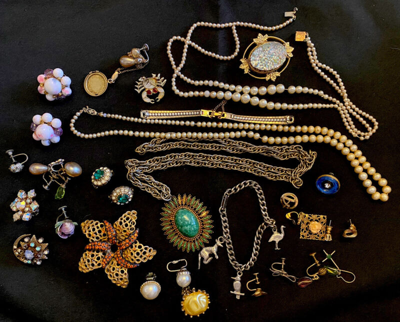 Vintage Assorted Jewelry Lot Charm Bracelet Brooches Earrings Necklaces