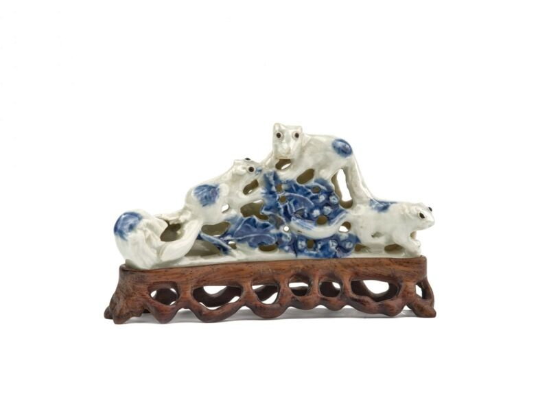 An Antique Chinese Biscut Pottery Glaze Brushrest Of A Squirrels Grouping
