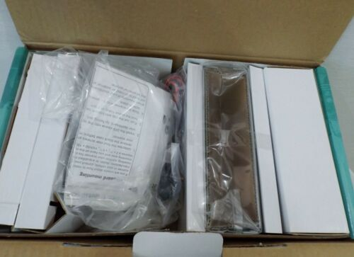 Radio Shack Triple Trunking Radio Scanner Pro-2055 w/ box +++