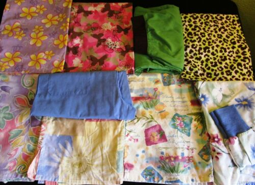 🌷 Lot of 9 Scrubs Tops Pants Jacket * Size SMALL * Spring Pastel Prints Solids