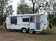 2003 Windsor Statesman Seaview18 foot pop top aircon awning annex Maryborough Fraser Coast Preview