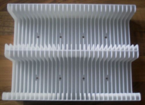 White MiniDisc tray (Holds 60 discs not in cases) storage/holder/stand/rack/box