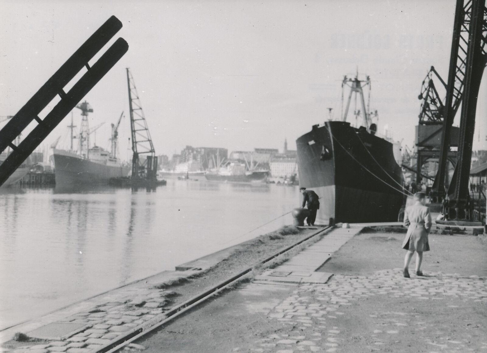 NANTES c. 1950 - Bateaux sur La Loire   Loire-Atlantique  - Div 7872