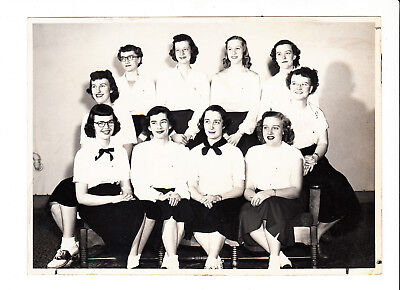 Pretty School Girls (Vintage Photo High School Girls Teens Saddle Shoes Pretty Women 5 X 7)