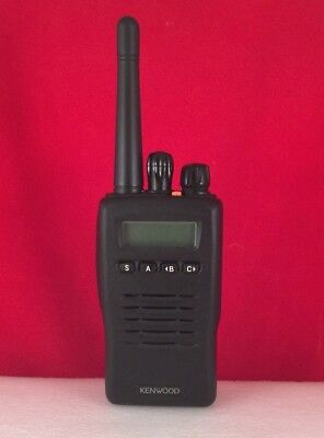 Kenwood Tk-2140 Vhf Portable Radio - 136-174mhz With Charger