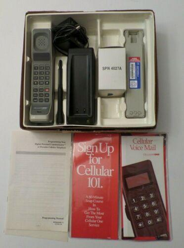 Motorola F09LFD8436AG CellularOne Brick Mobile Vintage Cellphone Untested